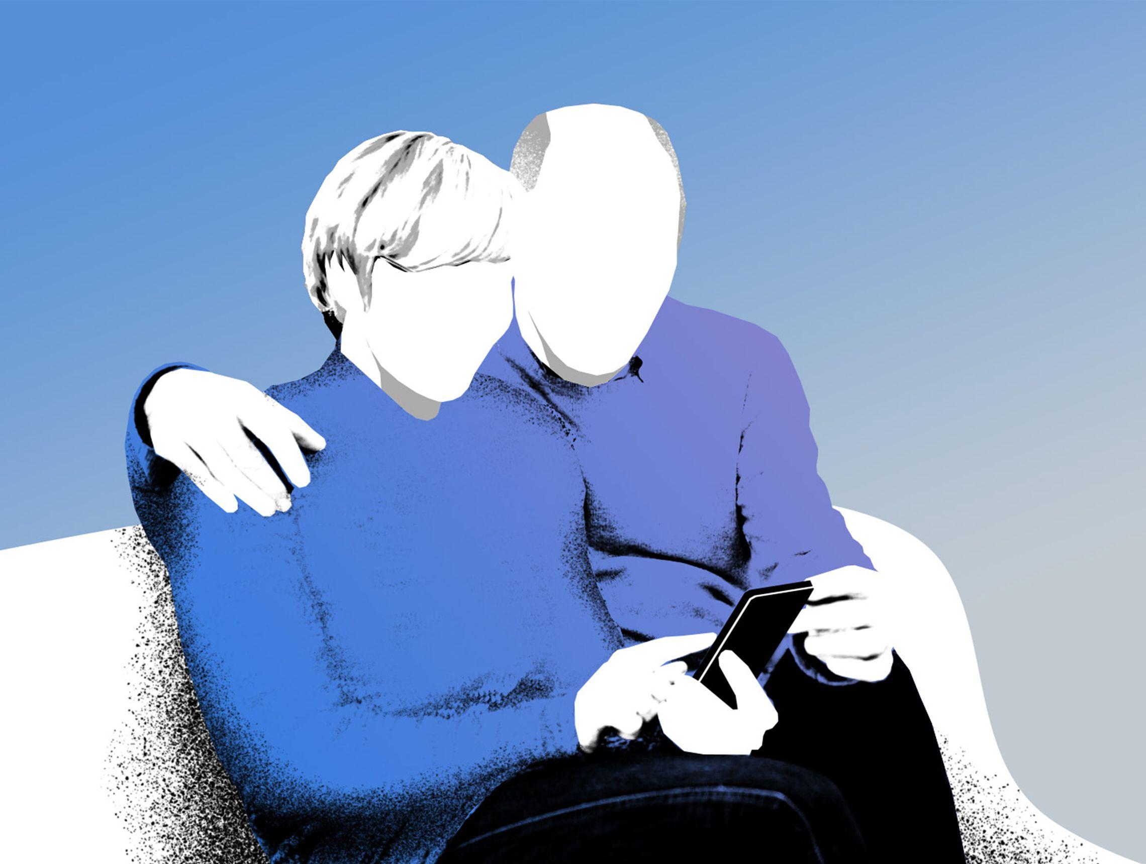 Älteres Pärchen sitzen Arm in Arm auf dem Sofa und blicken auf ein Handy PWWL Illustration